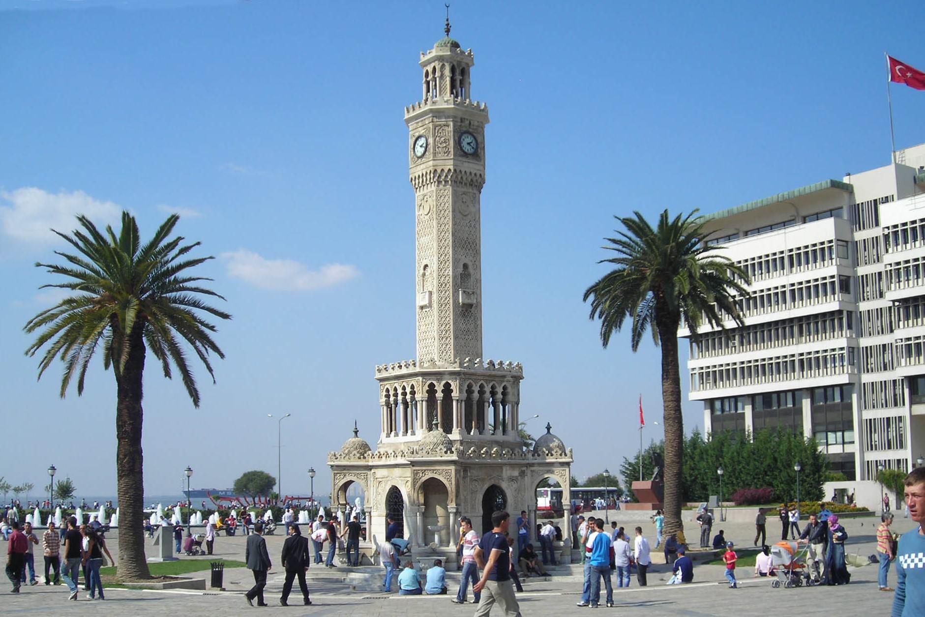 İzmir ve İzmir halkı farklıdır bilirsiniz.